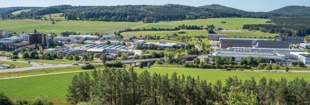 Blick ins Industrie- und Gewerbegebiet